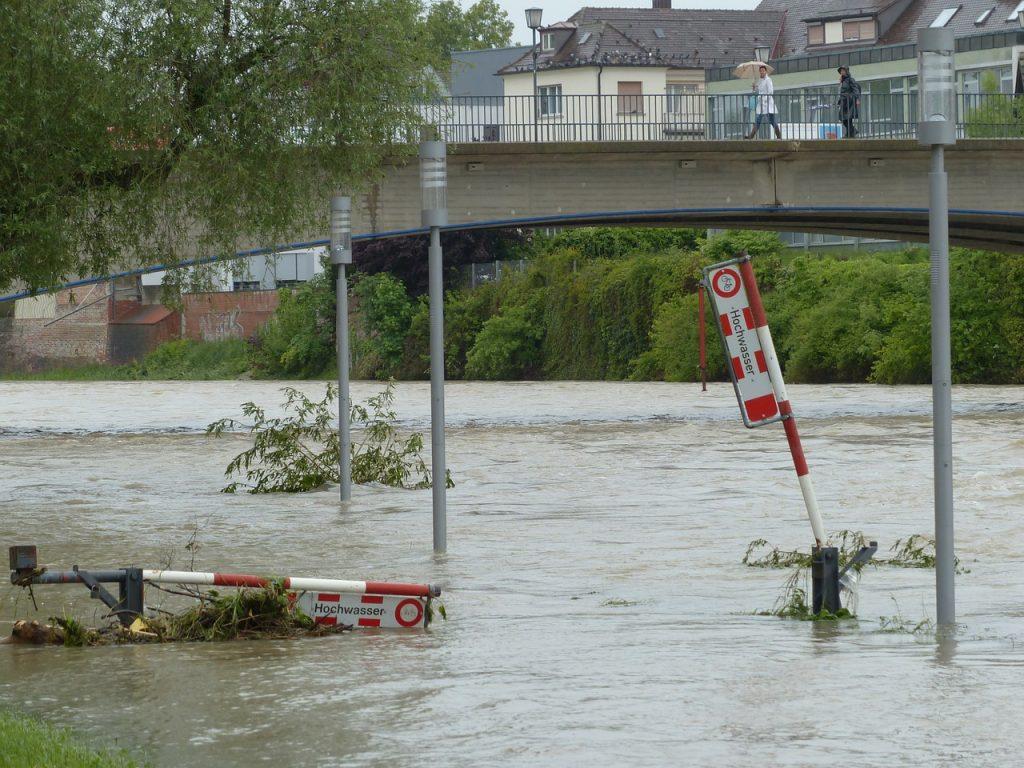 Gewitter, Überschwemmung und Co.