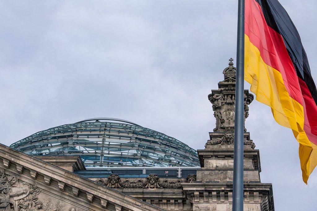 """Stabil aufgestellt"""": Merkel will keine Rentenreform"""