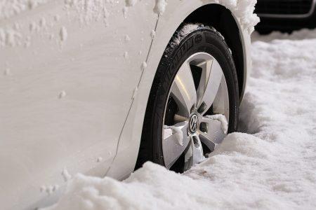 Diesen Winter müssen sich Autofahrer an neue Regeln anpassen.