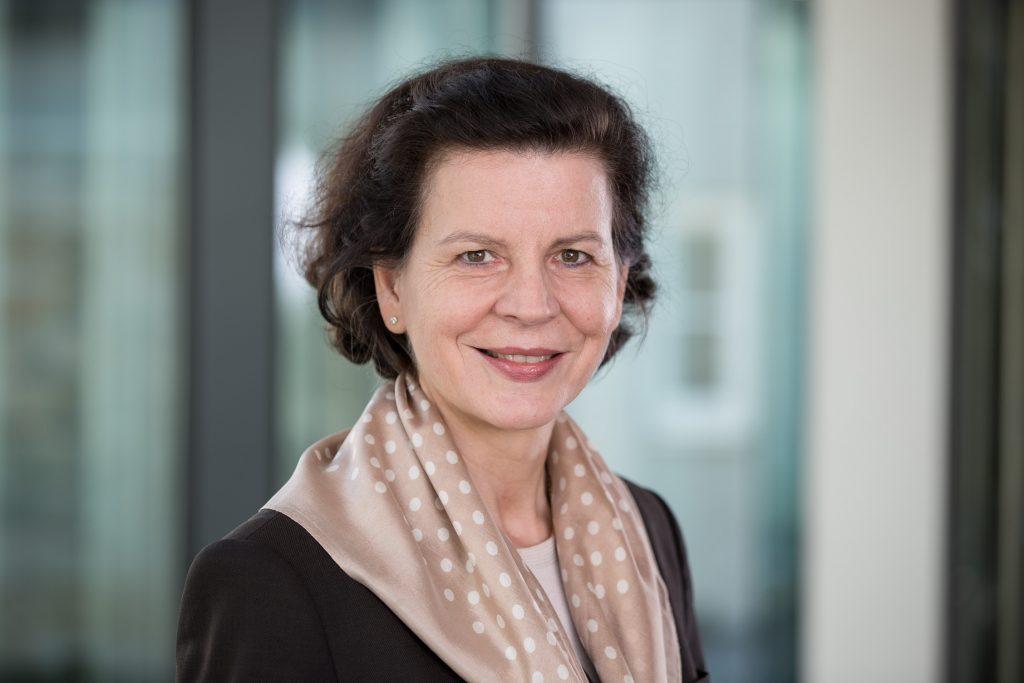 """Barbara Schick: """"Mit dem Beitritt zur Charta der Vielfalt setzen wir nun auch öffentlich ein Zeichen."""""""