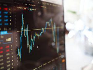 10 Jahre Finanzkrise, 5 Jahre Pantoffel-Portfolio: Finanztest-Strategie zur Geldanlage: einfach und günstig