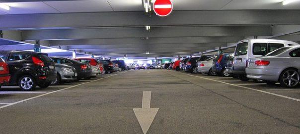 Parkhausunfall – Schuldfrage & Schadensregulierung