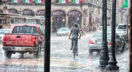 Überschwemmung und Starkregen: Elementarversicherung
