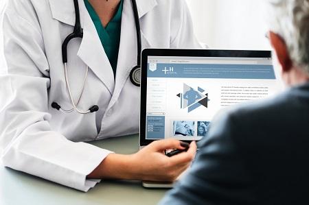Henkel startet betriebliche Pflegeversicherung