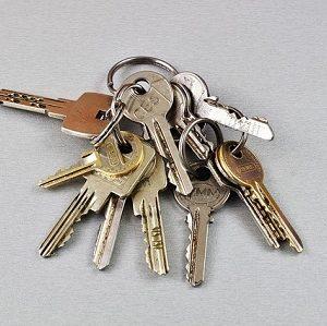 Schlüsselverlust im Mietrecht: Informationspflichten und Schadenersatz