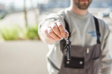Eine Versicherung gegen hohe Reparaturkosten