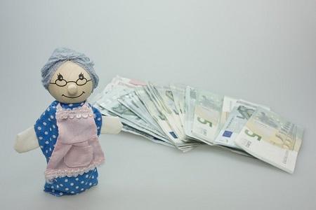 Diskussion über vereinfachte Einkommensprüfung bei Grundrente