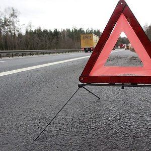 Checkliste: Was tun bei einer Panne oder Unfall mit dem Auto