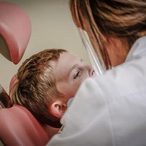 Gesetzliche Krankenkassen: 85 Prozent zahlen Zuschuss für Zahnreinigung