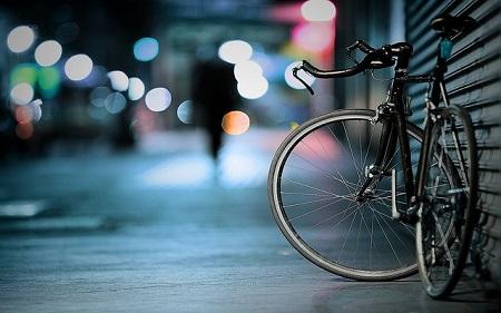 Wie das Fahrrad gesichert sein muss, steht in den Versicherungsbedingungen.