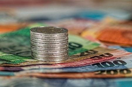 Wenn Sie einen Rahmenkredit abgeschlossen haben, können Sie sich jederzeit kurzfristig Geld leihen