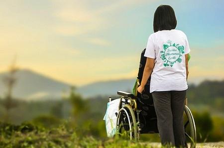 Stiftung Warentest: Pflegeversicherungen im Test