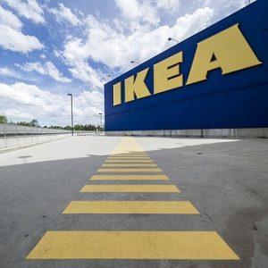 Ikea bietet neben Möbeln nun auch Versicherungen.